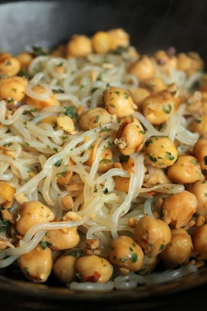 Spicy Chickpeas and Shirataki Noodles by Roni Noone